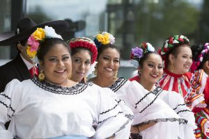Image of Latina performers